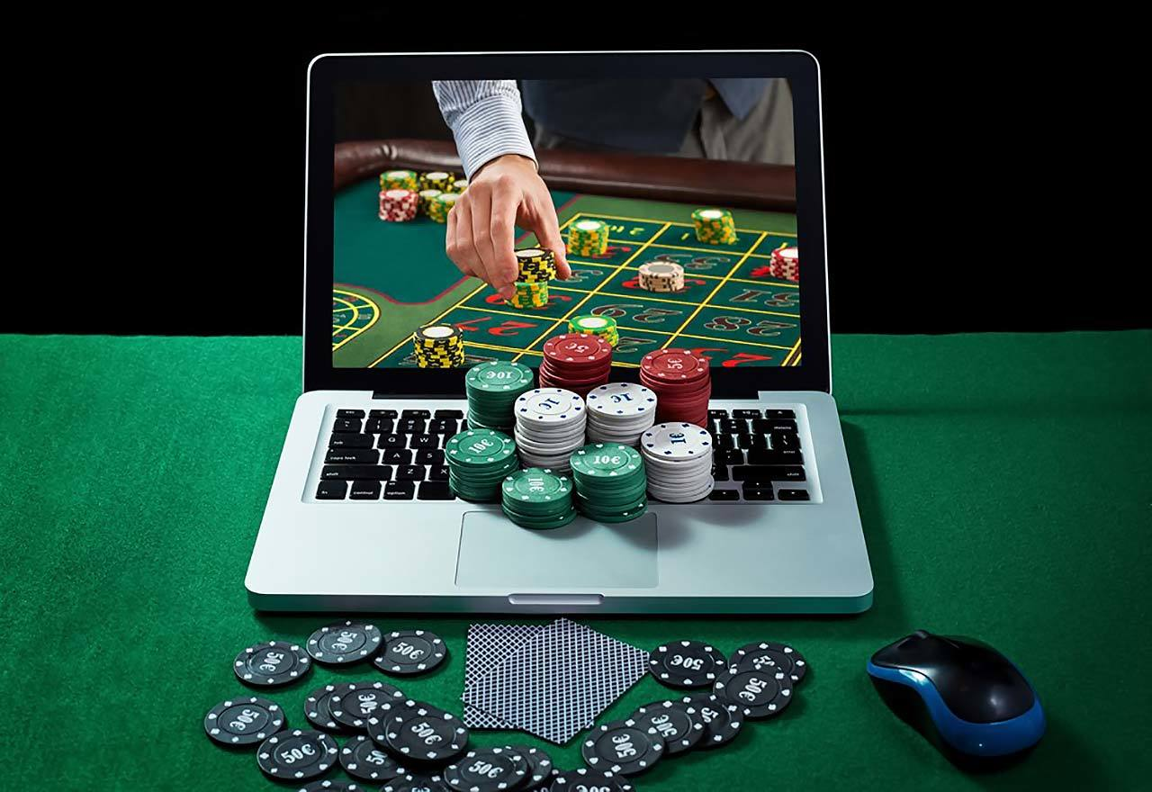How to improve your game with these Rummy Tricks, Tips and Strategies